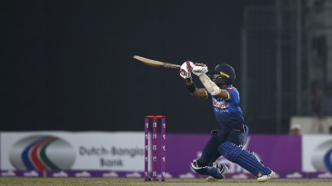 Kusal Mendis plays a ramp