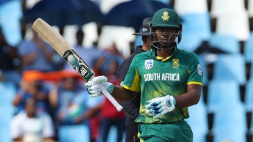 Khaya Zondo celebrates a fifty on a tricky surface
