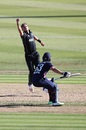The first act in Tim Southee running out Jos Buttler, New Zealand v England, 1st ODI, Hamilton, 25 February, 2018