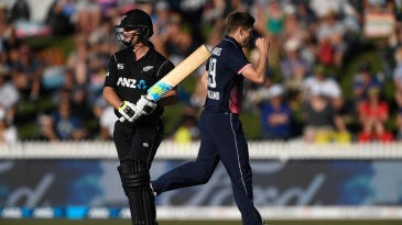 Colin Munro was caught behind off Chris Woakes