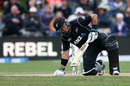 Ross Taylor struggles to stay on his feet, New Zealand v England, 4th ODI, Dunedin, March 7, 2018