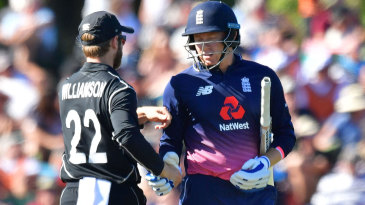 Jonny Bairstow got a handshake from Kane Williamson after being dismissed