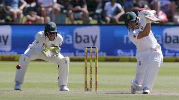 AB de Villiers brings out the drive