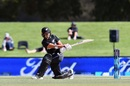 Suzie Bates sweeps en route to her 89, New Zealand v West Indies, 3rd ODI, Christchurch, March 11, 2018