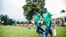 William Porterfield and Paul Stirling stride out to bat, Ireland v UAE, World Cup Qualifier 2018, Harare, March 12, 2018