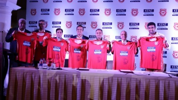 R Ashwin and Virender Sehwag at the Kings XI Punjab jersey unveiling