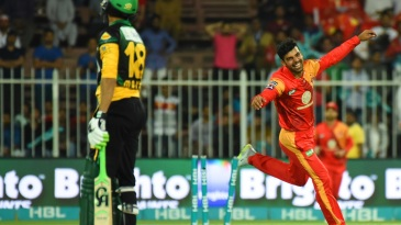 Shadab Khan enjoyed Shoaib Malik's wicket