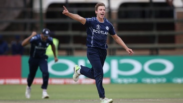 Brad Wheal's early strikes pushed Ireland back