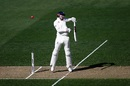 Craig Overton is troubled by a bouncer, New Zealand v England, 1st Test, Auckland, 1st day, March 22, 2018
