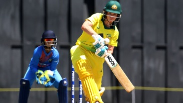 Beth Mooney scored a 32-ball 45