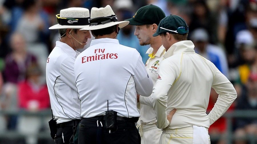 Steven Smith joined the conversation as umpires spoke to Cameron Bancroft