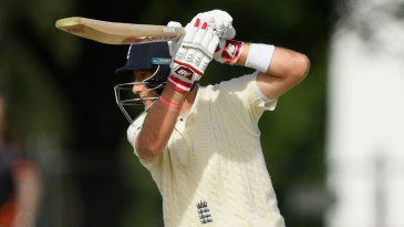 Joe Root looked to increase the scoring rate