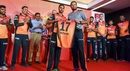 Yusuf Pathan has his Sunrisers jersey unveiled at an event, Hyderabad, April 5, 2018