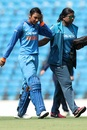 Smriti Mandhana posted a 67-ball 53 before retiring hurt, India v England, 3rd ODI, Nagpur, April 12, 2018