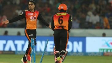 Rashid Khan celebrates Ben Cutting's wicket