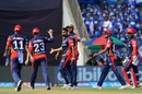 Rahul Tewatia celebrates Evin Lewis' wicket, Mumbai Indians v Delhi Daredevils, IPL 2018, Mumbai, April 14, 2018