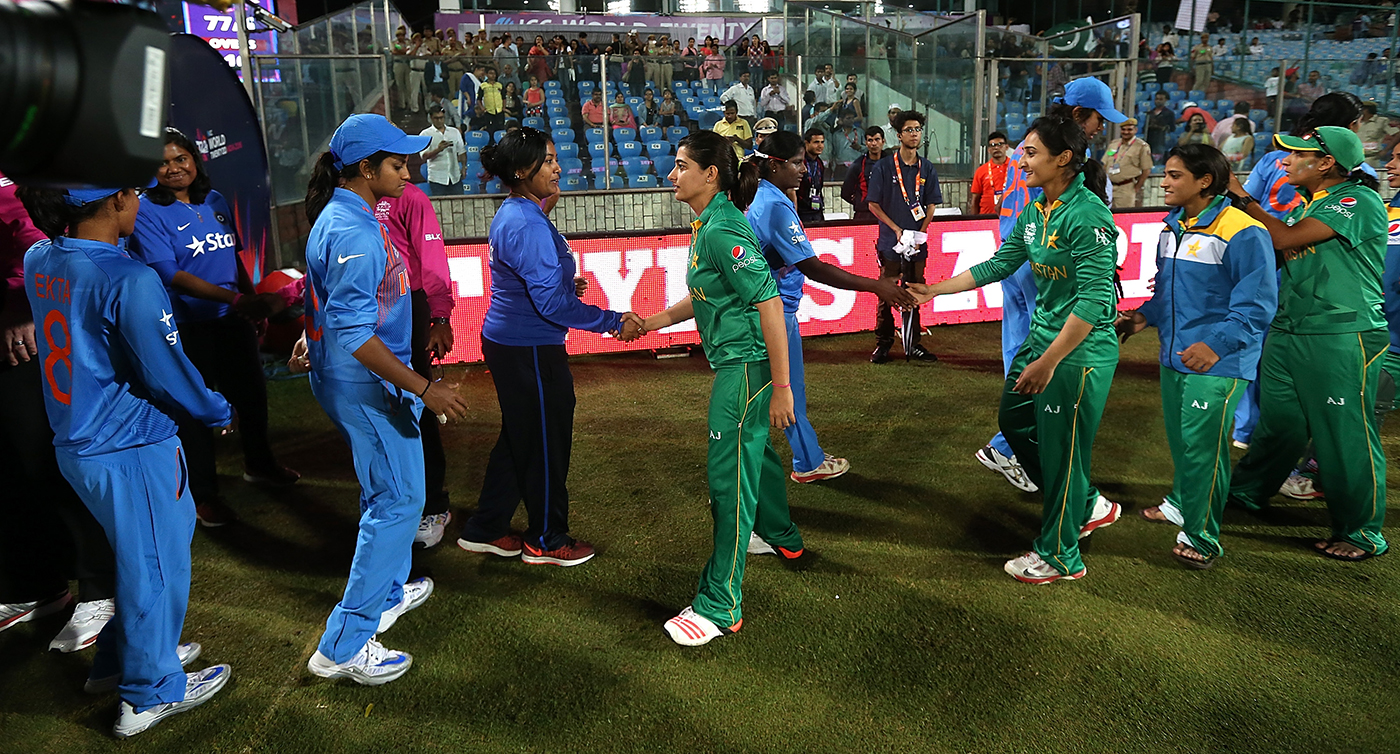 The players shake hands after Pakistan's victory in the 2016 World T20 match in Delhi