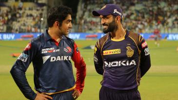 Gautam Gambhir and Dinesh Karthik before the toss