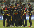 Kolkata Knight Riders celebrate a wicket, Kolkata Knight Riders v Delhi Daredevils, IPL 2018, April 16, 2018, Kolkata