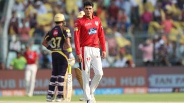 Robin Uthappa struck Mujeeb ur Rahman for three consecutive fours