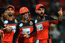 Virat Kohli gives a send-off to Robin Uthappa while Quinton de Kock looks on, Royal Challengers Bangalore v Kolkata Knight Riders, IPL 2018, Bengaluru, April 29, 2018