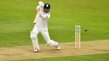 Alastair Cook gets back in the groove