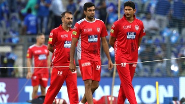 Kings XI Punjab bowling coach Venkatesh Prasad has a chat with R Ashwin