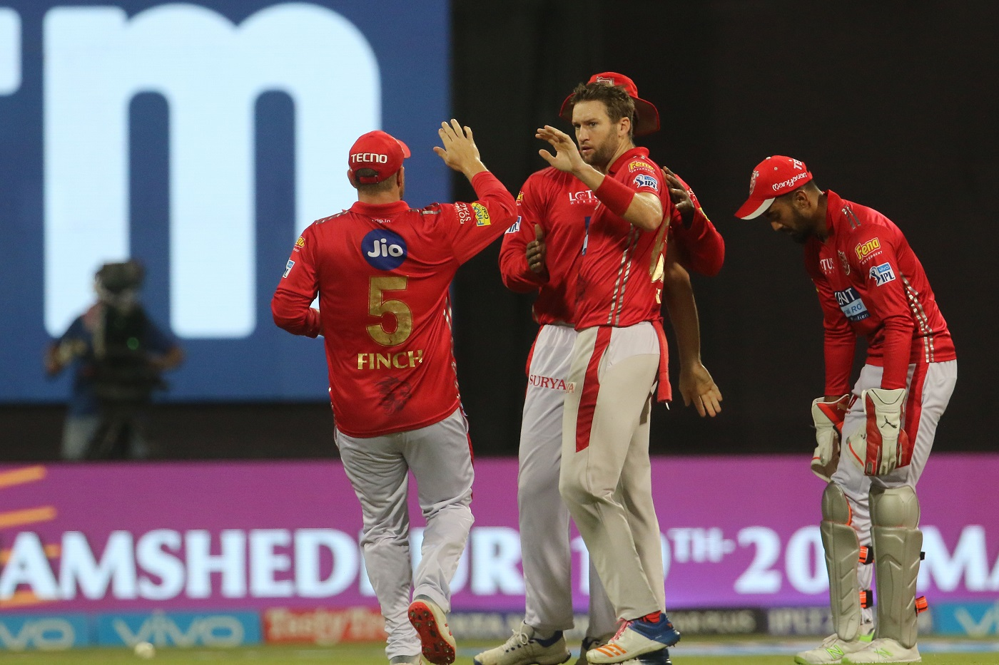 Kings XI Punjab Release Aaron Finch And Yuvraj Singh 2