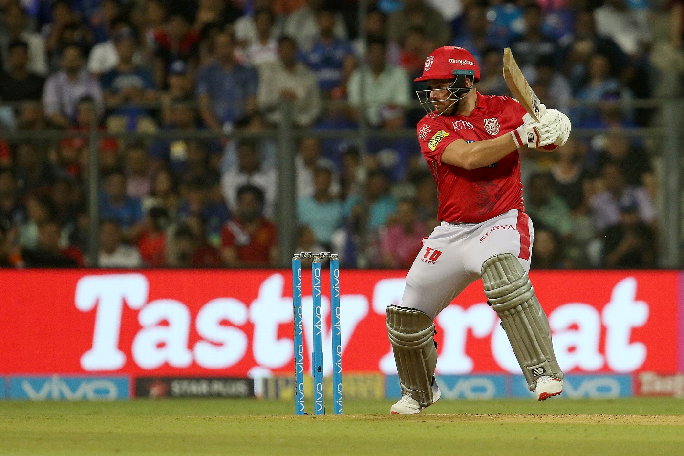 Kings XI Punjab Release Aaron Finch And Yuvraj Singh 1