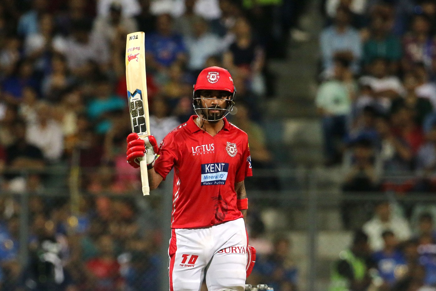 KL Rahul scored his sixth fifty in seven innings while chasing this season  | Photo | Global | ESPNcricinfo.com