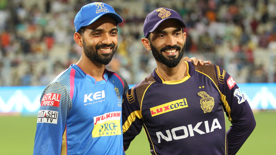 Ajinkya Rahane and Dinesh Karthik pose for the cameras