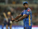 Ish Sodhi receives directions in the field, Kolkata Knight Riders v Rajasthan Royals, IPL 2018, Eliminator, Kolkata, May 23, 2018