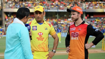 MS Dhoni and Kane Williamson at the toss