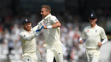 Stuart Broad claimed the early breakthrough for England