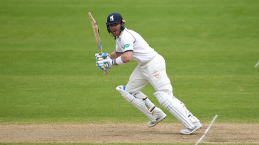 Ian Bell completed back-to-back unbeaten hundreds