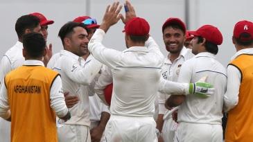 Rashid Khan celebrates Ajinkya Rahane's wicket