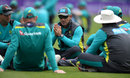 Justin Langer talks to his players at practice, Cardiff, June 15, 2018