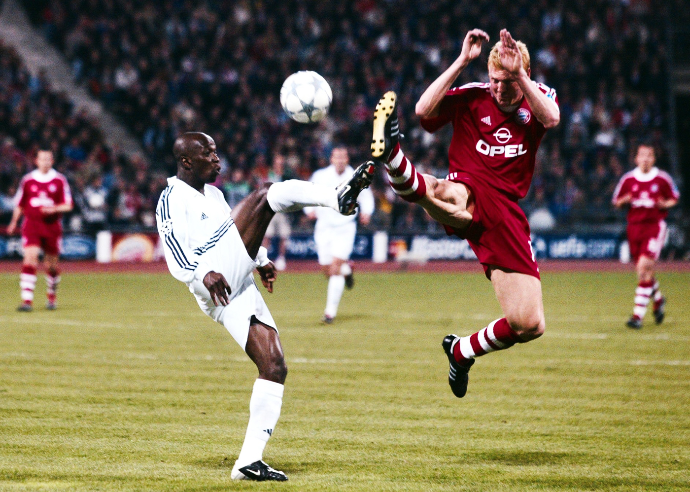 Claude Makelele (left): gets things done