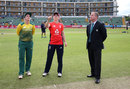 England won the toss and chose to bat, Women's T20 Triangular, Taunton, June 20, 2018