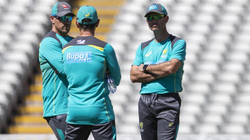 Aaron Finch, Justin Langer and Ricky Ponting chat at training