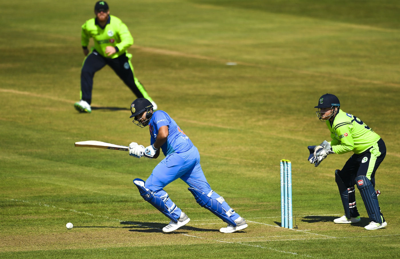 Dinesh Karthik Reveals How Rohit Sharma Almost Missed his Flight to the UK