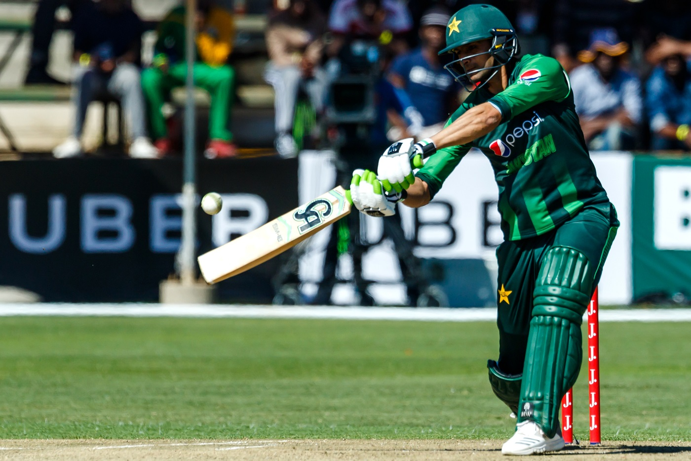 Shoaib Malik becomes 8th Pakistani batsman to score 7000+ runs in ODIs