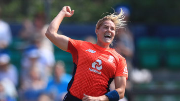 Katherine Brunt struck twice in three balls to set back New Zealand