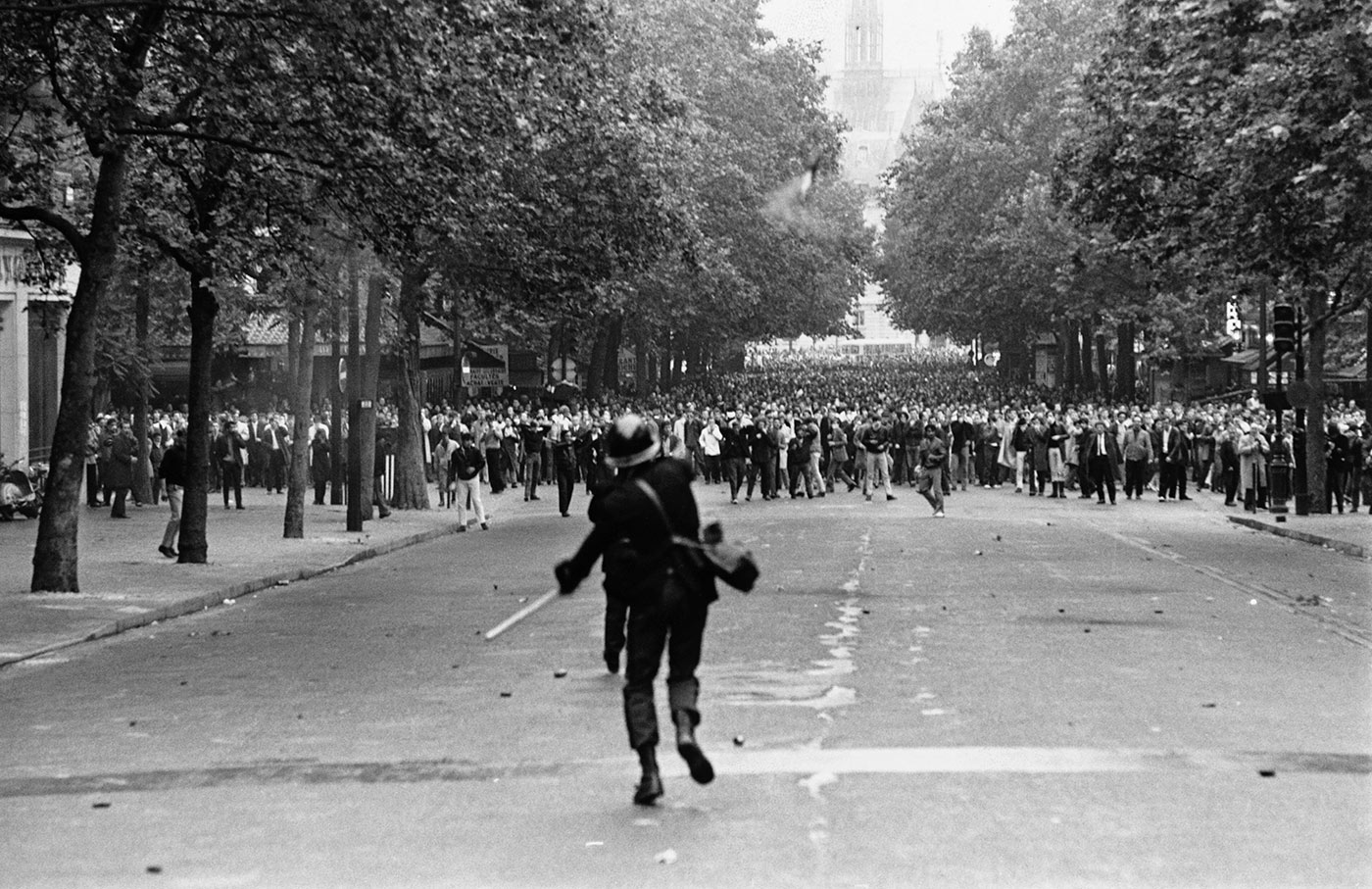 There's a riot goin' on: the student uprising in Paris