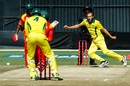 Ashton Agar delivered a tight spell, Zimbabwe v Australia, Zimbabwe T20I tri-series, third match, Harare, July 3, 2018