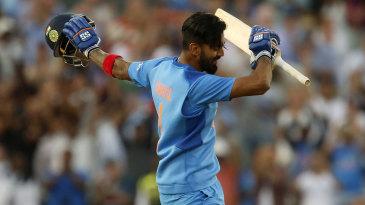 KL Rahul celebrates his hundred