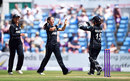 Amelia Kerr produced an impressive 10-over spell, England v New Zealand, 1st ODI, Headingley