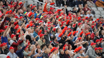 Old Trafford salutes Liam Livingstone