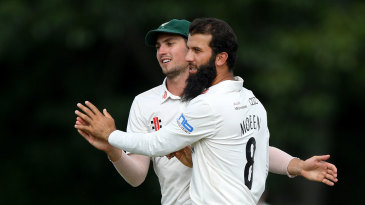 Moeen Ali claims a wicket for Worcestershire