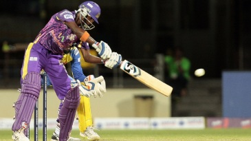 Ambidextrous bowler Mokit Hariharan bats for VB Kanchi Veerans